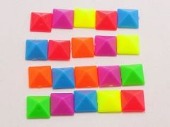 200 Mixed Color Acrylic Rock Punk Pyramid Spike Studs 8X8mm For Phone case