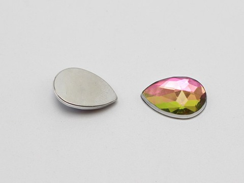 100 Rainbow Aérographe Acrylique Flatback Faceted Teardrop Rhinestone Gems 13X18mm sans trou